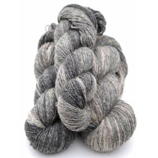 2-fädig color 12 Grey variegated