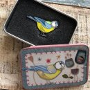 """Pin in a Tin """"Stitched Birdie/Robin"""""""