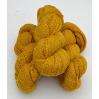 2131 Lion Yellow on white wool