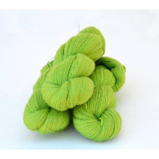 3141 Lime on white wool